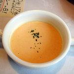 桜秋桜 - 温かい料理には冷製スープ