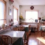 カフェレストラン ROTI -