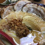 蔵出し味噌 麺場 田所商店 - 北海道味噌炙りチャーシュー麺