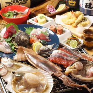 """魚屋ならではの豊富な""""魚介類""""!毎朝仕入れの""""旬""""鮮魚を是非"""