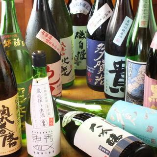 """海鮮物と相性良し◎厳選""""日本酒""""を始め充実のドリンクをご用意"""