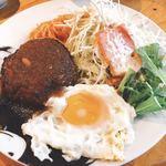 ジェービーズバー - ハンバーグ定食700円^^;