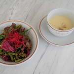 サロン・ド・テ・アンジェリーナ - サラダ、冷製コーンスープ