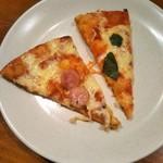 91626064 - ソーセージピザとトマト&バジル♪