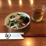 まちもち - 料理写真:前菜のサラダ(^^)