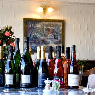フランス人バイヤー厳選のRMシャンパーニュとフランス産ワイン