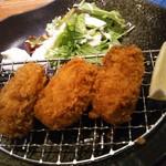魚魚ダイニング - 広島産カキフライ 480円