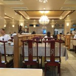 中華菜館 五福 - 座った席から見た店内