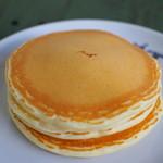 ピーシーエイチコーヒー - バターミルクパンケーキ