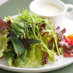 ピーシーエイチコーヒー - ランチに付く自家製スープ&サラダ