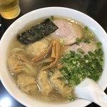 こうや麺房 - 雲呑麺880円