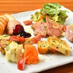ドラード - 料理写真:おまかせ前菜盛り合わせ