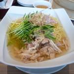 91641711 - 冷製鶏スープ麺