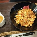 コ・ビアン - チキン照り焼丼