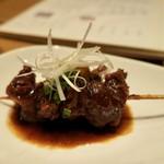 小田原おでん本店 - ・牛すじ(肉の高橋) 450円