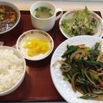 天鳳閣本店 - 料理写真:ニラレバ定食