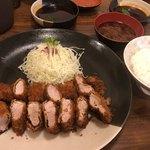 タケ馬 - 料理写真:タケ馬ひれかつ300g 3,300円