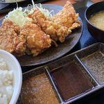 からやま - 料理写真:唐揚げ定食