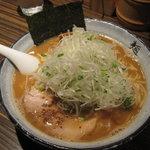 麺屋 利休 - 麺屋 利休:ねぎ醤油らーめん(中盛り)