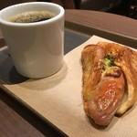 デリカフェ・キッチン オオサカ ミドウ -