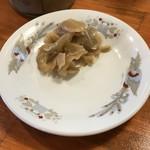 ラーメン・餃子 ハナウタ - 料理写真:サービスの搾菜美味しい!
