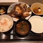 酒肴 まさむら - クエのカブト煮1500円