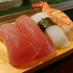 寿司鉄 - 料理写真:上にぎり・その1
