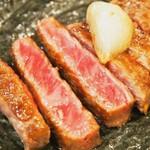 大國 - 料理写真:黒毛和牛ロースステーキ