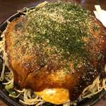 あかおに - 料理写真:広島焼麺入り700円