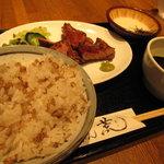 9167981 - 牛タン定食は、テールスープととろろもついてます!