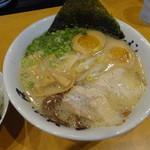 山小屋 - 昭和(昔)ラーメン870円