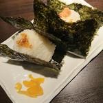 どさんこキッチン ゴリラ - おにぎり2種盛合せ(鮭&おかか)480円