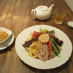 くろさわ東京菜 - 特製冷涼麺