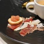Restaurant  LA FUENTE - スペイン産生ハム・トマトパン