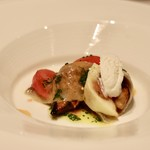 Restaurant  LA FUENTE - 北海道産サンマとナス、イチジクのサラダ、バジルソース