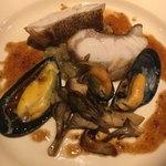 メゾンドムラ - クエ、ムール貝、焦がしシバター