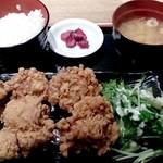 水炊き・焼鳥 とりいちず食堂 - 一途な鶏の唐揚げ定食