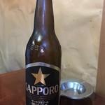 焼き鳥きむら - ビール590円(大瓶)