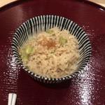 内神田 うてな - 網海老と枝豆の土鍋ご飯