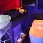 ベリーズ - もちろんトイレは清潔で綺麗です!