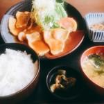 さかなや - 料理写真:生姜焼き定食  850円