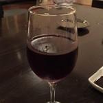 味の清八 - 赤ワイン(赤ワインと焼き鳥も美味しくて好きな組み合わせです)