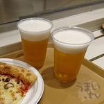 91707352 - 『クアトロチーズ ~4種のチーズ&ハチミツ~ 』790円 『生ビール プレミアムモルツ』 750円 x 2杯 USJ  ルイズ N.Y. ピザ パーラー
