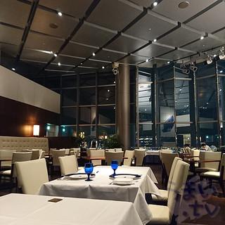 スカイレストラン&バー Top of Universal  - ホテル京阪 ユニバーサル・タワー 32階スカイレストラン トップオブユニバーサル