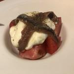 神楽坂ワイン食堂 ビストロ Entraide - 〇ブッラータとトマト1680円