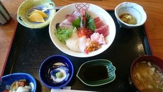 峰 - 海鮮丼 ¥1800