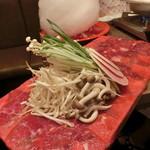 91717101 - 牛タンの上に野菜(^^)V