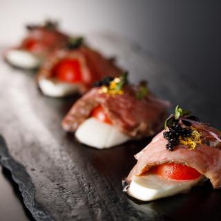 極上創作肉の寿司の数々!ご堪能ください!