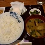 Nattoukoubousendaiya - ご飯・味噌汁・卵・漬物