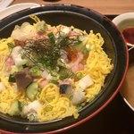 Hokkaidouhadekkaidouohotsukunomegumiabashirishi - 海鮮丼 780円